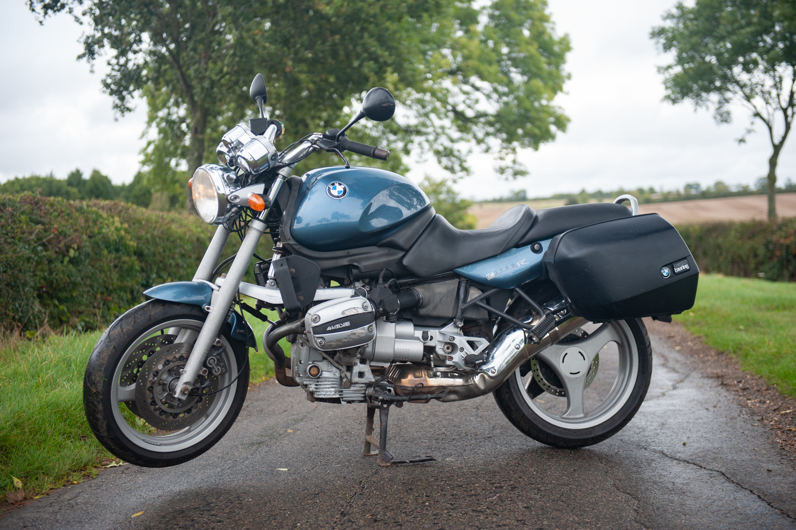 Selling Bikes: BMW R1100R sold on eBay
